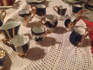 Set da tè Vintage oro in Miniatura con piattini