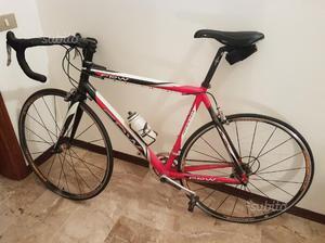 Bicicletta da corsa professionale