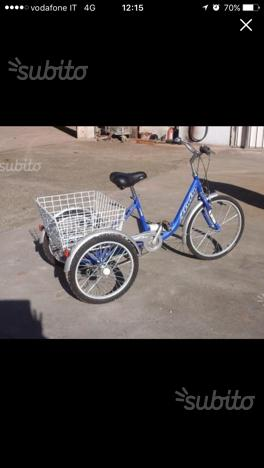 Bicicletta tre ruote per disabili posot class for Bicicletta per tre persone