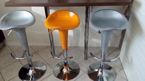 Sgabelli cromo girevoli pistone a gas colori posot class for Sgabelli cucina regolabili