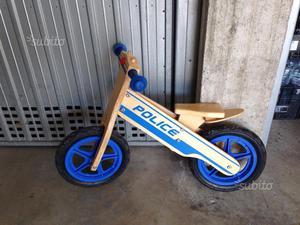Bicicletta in legno da giardino posot class for Altalena legno usata
