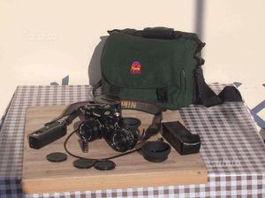 Canon AE1 con accessori