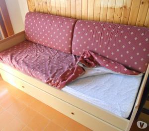 Vendo divano letto euro 200 posot class - Divano letto 160 cm mondo convenienza ...