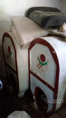 Botti in cemento per vino torchio antico