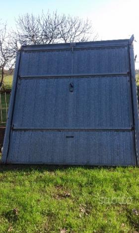 Portone basculante zincato completo posot class for Portone garage usato