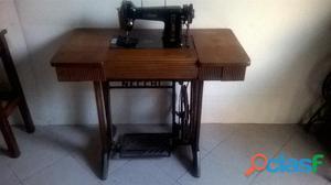 45 euro antico tavolo necchi per macchina da posot class for Pedale per macchina da cucire necchi