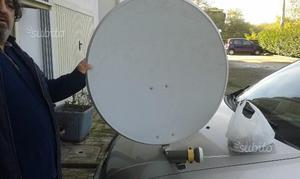 Antenna Parabola satellitare con occhio