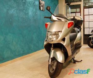 Honda Pantheon 150 benzina in vendita a Latina (Latina)