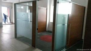 Pannelli divisori ferro vetro per esterni posot class for Pannelli divisori per ufficio