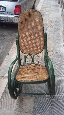 Sedia a dondolo originale vintage