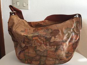 Offro borsa ALVIERO MARTINI originale usata In buone