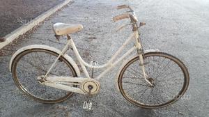 Bicicletta da donna vintage da 26 bianca Atala