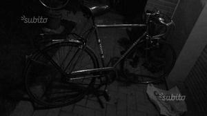 Bicicletta da uomo colore verde