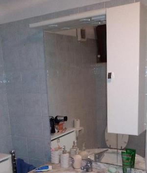 Specchiera bagno con luce posot class - Specchiera per bagno ...