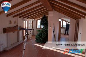 Sassari - Villa 9 locali € 900.000 T924