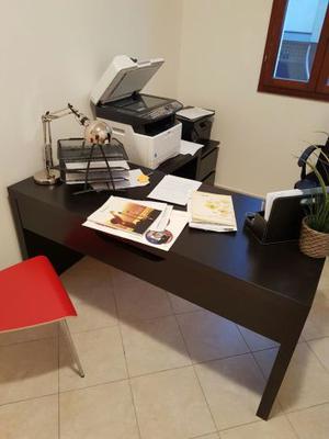 Scrivania ikea malm 28 images malm scrivania con pannello estraibile impiallacciatura - Scrivania ikea malm ...
