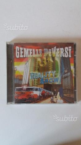 2 cd gemelli diversi posot class - Reality show gemelli diversi ...