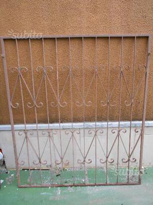 Grata di ferro per finestra esterno