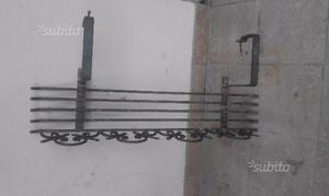 Porta piante ferro battuto id es de design d 39 int rieur - Porta vasi in ferro ...