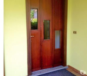 Porta in legno con imbotte e grate di  Posot Class