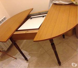 Mobile e tavolo in formica salvarani posot class for Tavolo rotondo estensibile