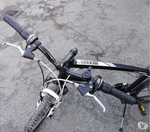 Mountain Bike b'twin rockrider 340
