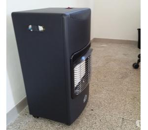 Stufe delonghi e svb a gas gpl con ruote posot class for Stufa a gas ventilata delonghi