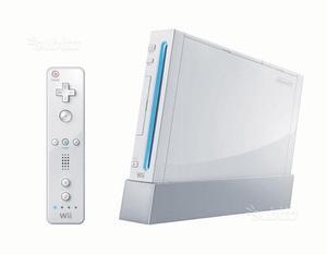 Nintendo wii perfetta con 2 joystick + giochi