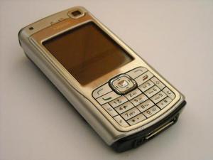 CELLULARE Nokia N70 con scatola