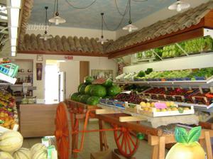 Arredamento per negozio di frutta è verdura