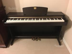 Pianoforte elettronico yamaha posot class for Yamaha clavinova clp 350