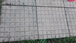 Piastrelle usate da giardino vialetto o garage posot class