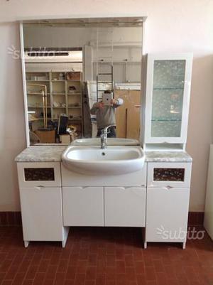 Mobile bagno completò