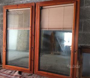 Finestre 2 battenti 150x120 con vetro e posot class for Finestre scorrevoli usate
