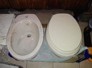 Wc e bidet dell ideal standard in ceramica