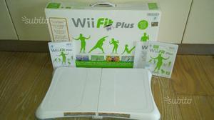 Wii fit plus + balance board usato