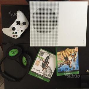 Xbox one S 1 TB con accessori e giochi in garanzia