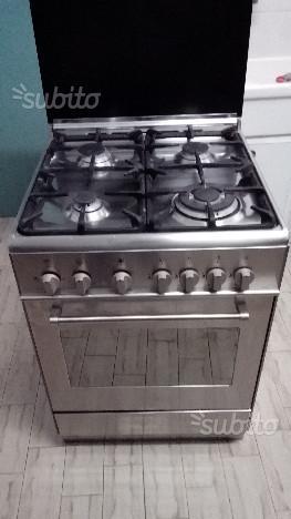 Cucina a gas De longhi con forno