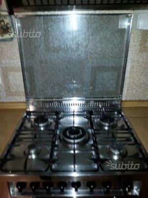 Cucina a gas 3 fuochi con forno elettrico posot class - Cucina a gas con forno elettrico ...
