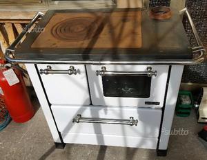 Cucina/stufa a legna