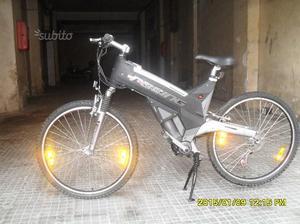 Bici elettrica aprilia posot class for Bici pieghevole elettrica usata
