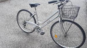 City Bike donna da 28 con cambio 6 v