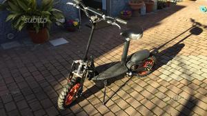 Mini scooter/monopattino elettrico