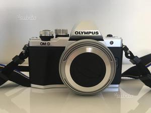 Olympus E-M10 MarkII -Pancake Zuiko Digital