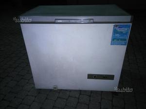 Pozzetto congelatore color legno grande capienza posot class for Congelatore a pozzetto piccolo