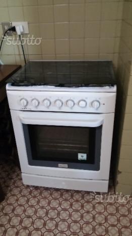 Cucina economica lincar posot class - Cucina economica elettrica ...