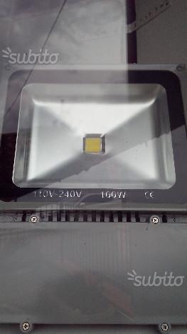 Faro a led 100 watt