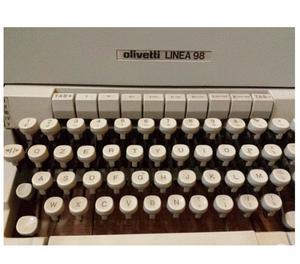 Macchina da scrivere OLIVETTI LINEA 98 vintage