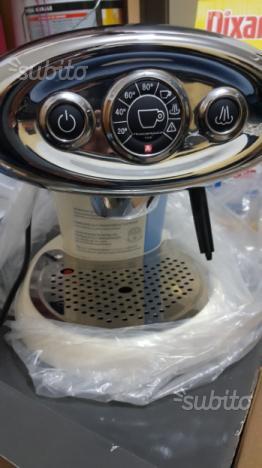 Macchinetta caffè illy