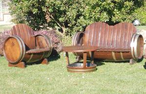 Coppia di divani in castagno da botti lunghe 160cm